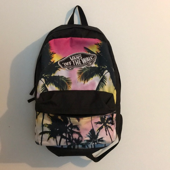 VANS tropical backpack- barely used. M 5aea3c66331627060e7ddb35
